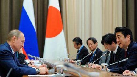 Lien ket Nga–Nhat Ban: Tokyo co qua ky vong? - Anh 2