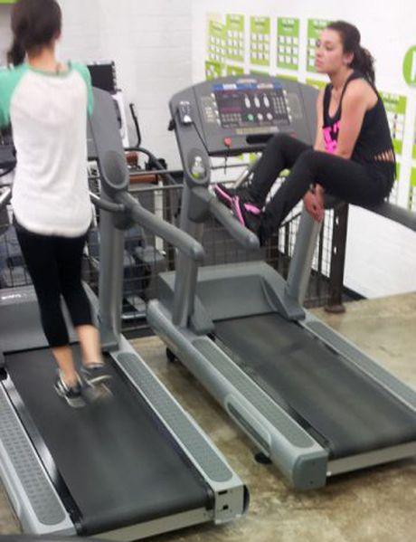 Nhung tinh huong 'eo le' trong phong tap gym - Anh 13