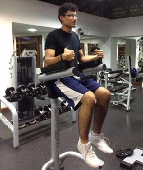 Nhung tinh huong 'eo le' trong phong tap gym - Anh 3