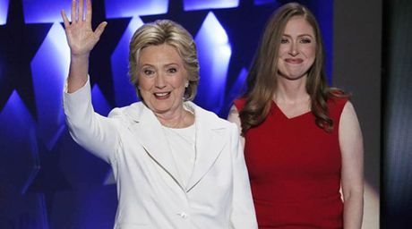 Tiet lo ve thien than dung sau Hillary Clinton - Anh 7