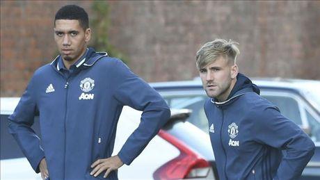 Chuyen dong Man Utd: Mourinho dang lam hong Rashford, MU can ban 8 cau thu - Anh 2