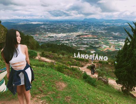Co gai Tay Nguyen 'ba met be doi' van dep hut hon - Anh 8