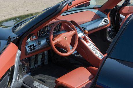 Nhin lai 'sieu pham' Porsche Carrera GT gia trieu do - Anh 4