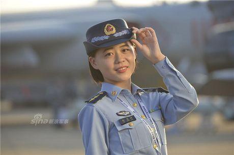 Man nhan dan 'bong hong' xinh dep tai trien lam Chu Hai - Anh 11