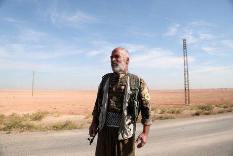 Nhung hinh anh dau tien ve chien dich giai phong Raqqa - Anh 6