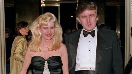 Phat hien bat ngo ve kieu toc cua Tong thong My Donald Trump - Anh 6