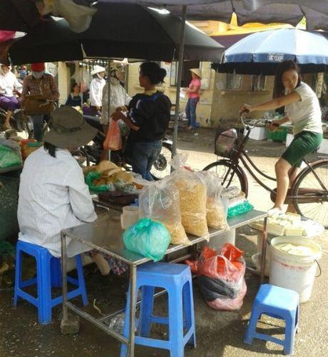 Truy tim nguon goc ruoc 'thuong hang' duoc che bien tu ga dong lanh - Anh 1