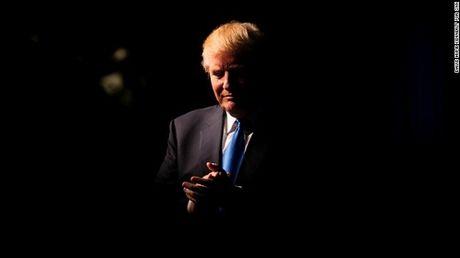 Cu loi nguoc dong cua Donald Trump la mot chien thang lich su - Anh 1