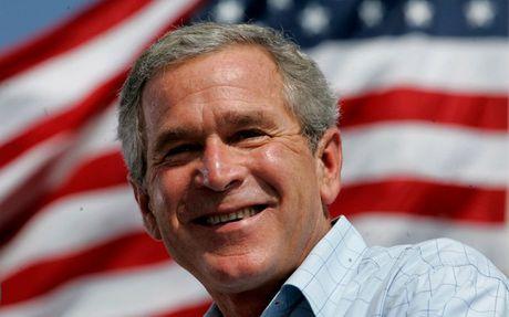 George W. Bush khong bo phieu cho Trump cung chang bo phieu cho Clinton - Anh 1