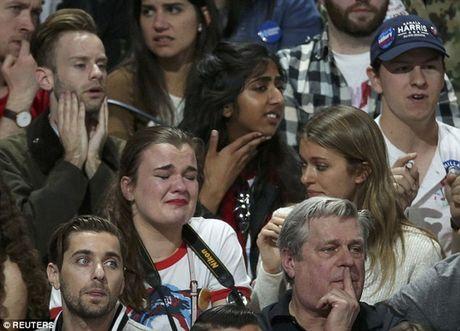 Bau cu My: Hai bo cam xuc sau khi ong Trump thang - Anh 2