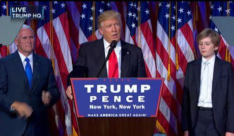 Ba Clinton chap nhan thua cuoc, ong Trump cho rang nuoc My no ba mot loi cam on - Anh 1
