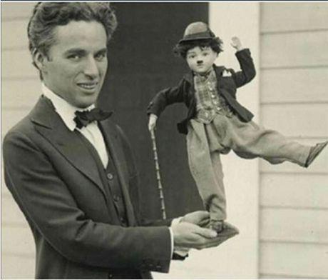 "Phim va doi cua ""vua he"" Charlie Chaplin - Ki 1 - Anh 1"