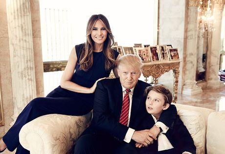 Tan tong thong My Donald Trump duoc ca 3 vo nguong mo - Anh 8