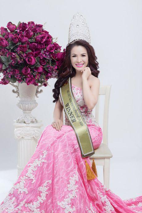Hoa Hau Le Thanh Thuy di tim 'Nguoi dep xu Dua' - Anh 1