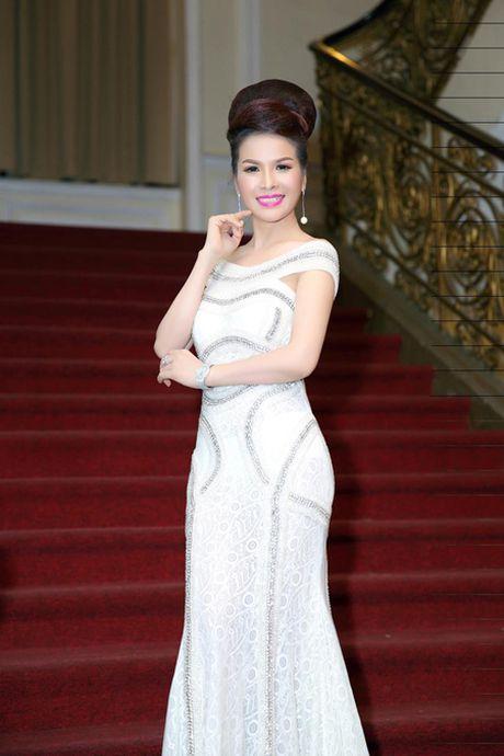 Hoa Hau Le Thanh Thuy di tim 'Nguoi dep xu Dua' - Anh 6