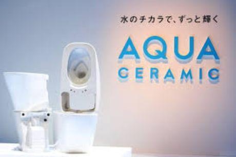 Inax ra mat cong nghe Aqua Ceramic sieu chong bam ban - Anh 1