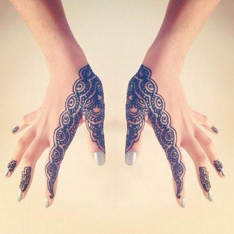 Kho cuong voi nhung hinh xam henna truyen thong - Anh 4