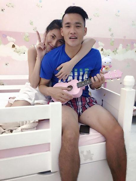 'Tan chay' chung kien khoanh khac Cong Vinh cung chieu Thuy Tien va Banh Gao - Anh 3