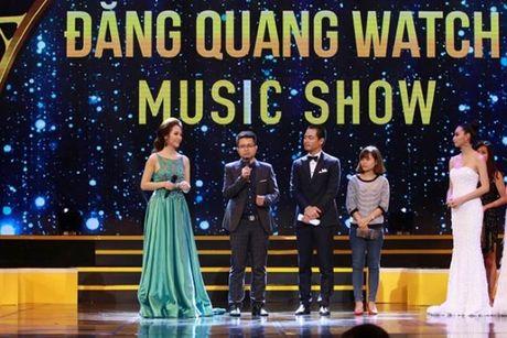 MC Phan Anh va dan sao khung bat ngo xuat hien tai su kien ca nhac - Anh 10