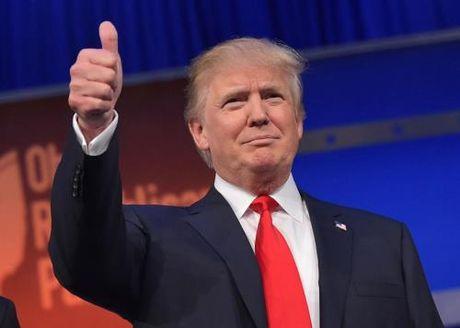 Bau cu My 2016: Ung cu vien dang Cong hoa Donald Trump vuot len dan truoc - Anh 1