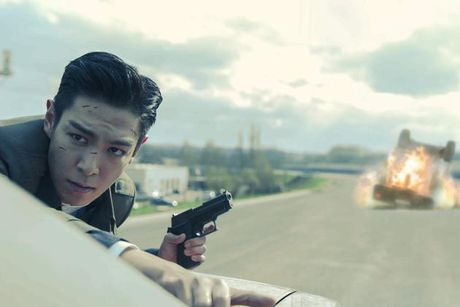 'Nghet tho' cung T.O.P va Truong Ba Chi trong teaser moi 'Out of Control' - Anh 1