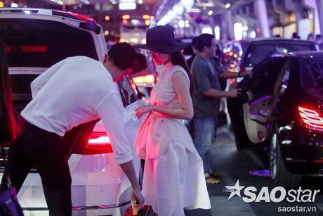 Lien tuc than mat tai san bay, Angela Phuong Trinh - Vo Canh thuc su 'phim gia tinh that'? - Anh 13