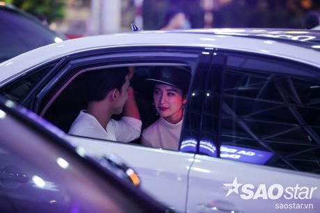 Lien tuc than mat tai san bay, Angela Phuong Trinh - Vo Canh thuc su 'phim gia tinh that'? - Anh 16