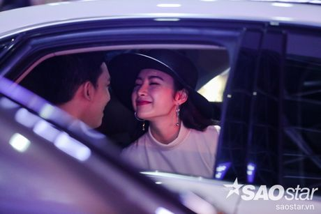 Lien tuc than mat tai san bay, Angela Phuong Trinh - Vo Canh thuc su 'phim gia tinh that'? - Anh 17