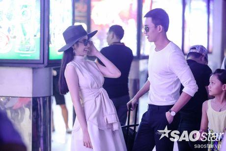 Lien tuc than mat tai san bay, Angela Phuong Trinh - Vo Canh thuc su 'phim gia tinh that'? - Anh 6