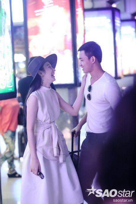 Lien tuc than mat tai san bay, Angela Phuong Trinh - Vo Canh thuc su 'phim gia tinh that'? - Anh 9