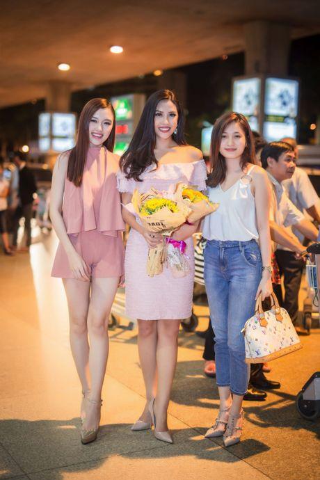 Nguyen Thi Loan rang ro ve nuoc sau thanh tich top 20 Miss Grand International - Anh 4
