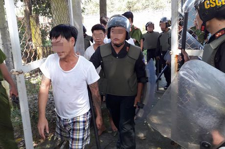 De nghi cong an dieu tra vu hoc vien cai nghien gay nao loan o Tan Thanh - Anh 1