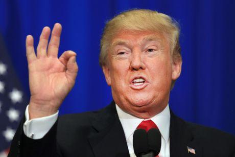 Sat nut, tai sao nhieu phu nu quay lai ung ho Trump? - Anh 1
