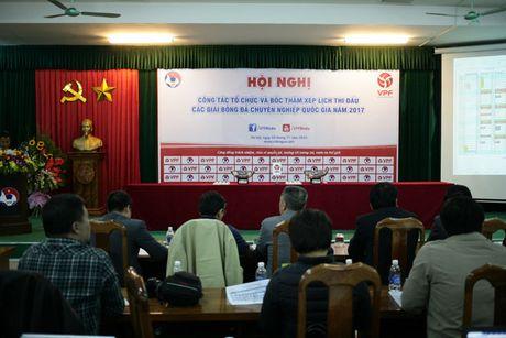 Mo man vong 1 V-League: DKVD tai dau doi thu day duyen no - Anh 1