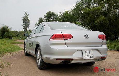 Danh gia Volkswagen Passat 2016: Sang trong, the thao, kien tao cam xuc lai - Anh 3