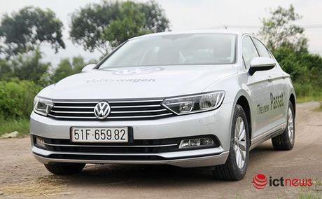 Danh gia Volkswagen Passat 2016: Sang trong, the thao, kien tao cam xuc lai - Anh 6