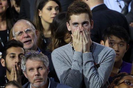 Chum anh: Khoc cuoi cung ong Trump va ba Clinton - Anh 10