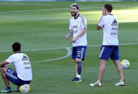 Messi xam hinh doc dao truoc dai chien Brazil - Anh 7