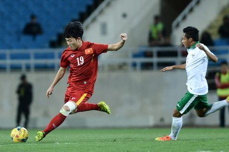 Xuan Truong nhan loi sau tran thang Indonesia - Anh 1