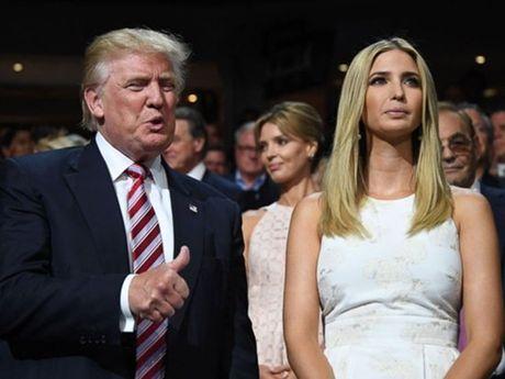 Chan dung con gai xinh nhu hoa hau duoc Donald Trump cung chieu - Anh 9