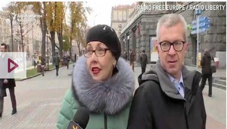 Nguoi dan Ukraine thich Clinton hon Trump - Anh 1