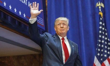 Donald Trump dac cu Tong thong My - Anh 1
