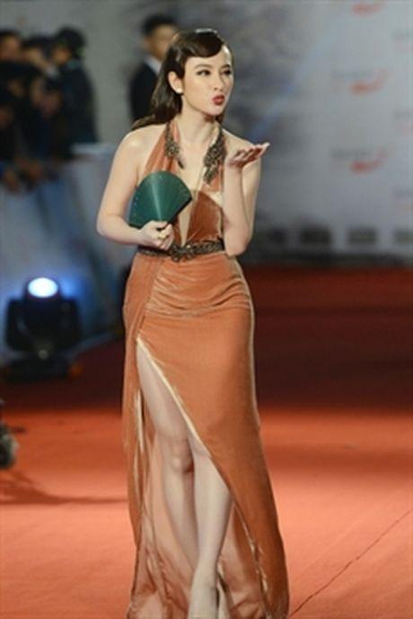 Angela Phuong Trinh di lech con duong tro lai ngoan hien? - Anh 8