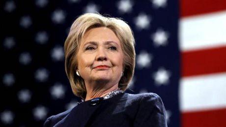 Vi sao ba Clinton chua the vuot len dan truoc ong Trump? - Anh 1