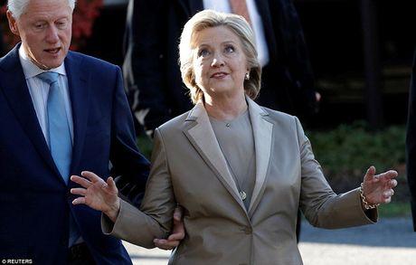 Chum anh gia dinh ba Clinton di bo phieu bau Tong thong - Anh 4