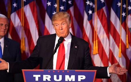Donald Trump dac cu Tong thong My: Thi truong chiu tac dong ra sao? - Anh 1