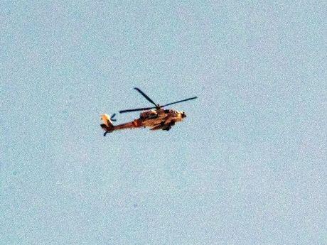 Israel cai tien he thong vu khi su dung tren truc thang Apache - Anh 1