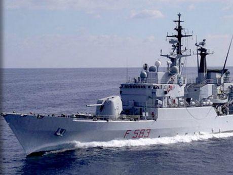 NATO trien khai chien dich dam bao an ninh o Dia Trung Hai - Anh 1