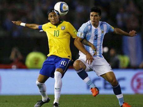 Lich truc tiep vong loai World Cup: Brazil 'dai chien' Argentina - Anh 1