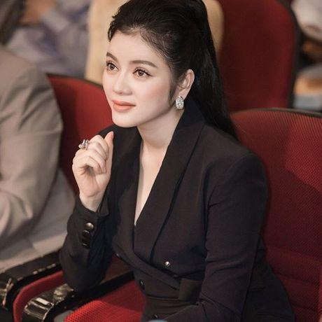 Choang ngop voi tu do hieu tien ty cua my nhan Ly Nha Ky - Anh 4